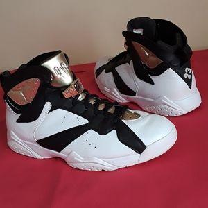 Men's Nike Air Jordan 7 Retro Champagne Size 13